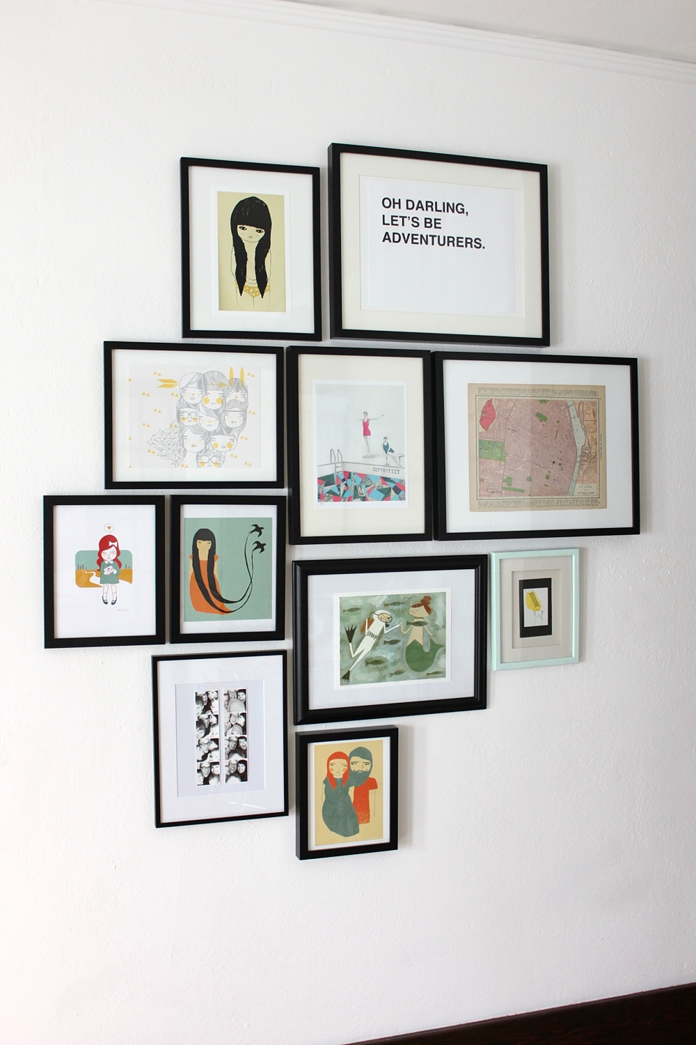 Two Rules of Thumb for Hanging Things on Your Walls - Smile And Wave