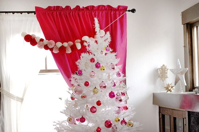 Tree top and Pompom Garland