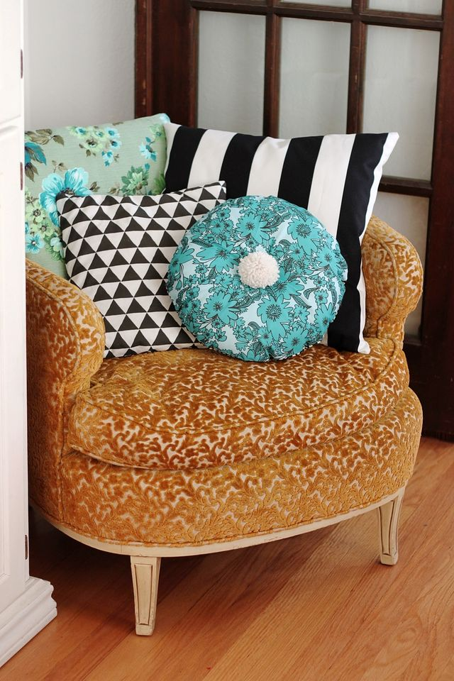 All the Pretty Pillows DIY