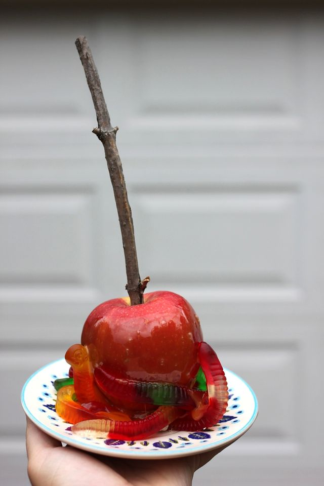 Caramel Apple Worms
