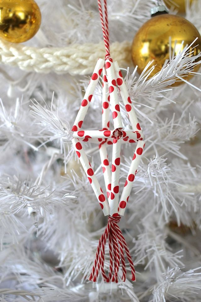 Straw Himmeli Ornament DIY on Smile and Wave