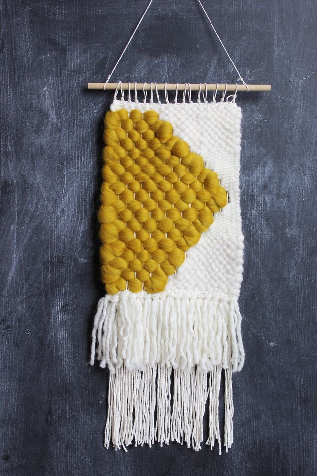 Roving in Mustard and White