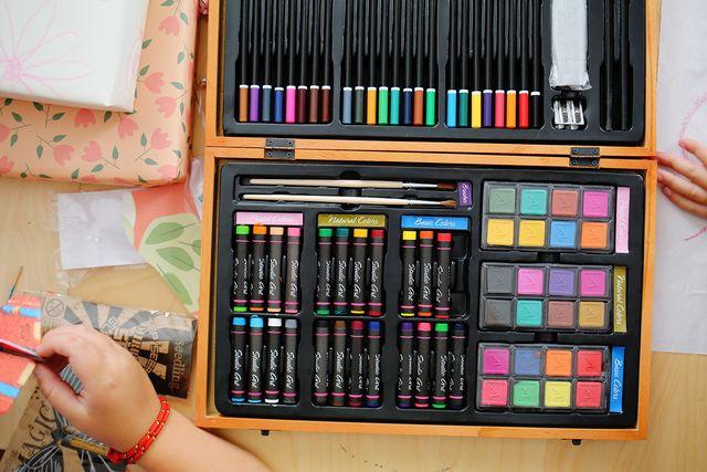 ArtistBox