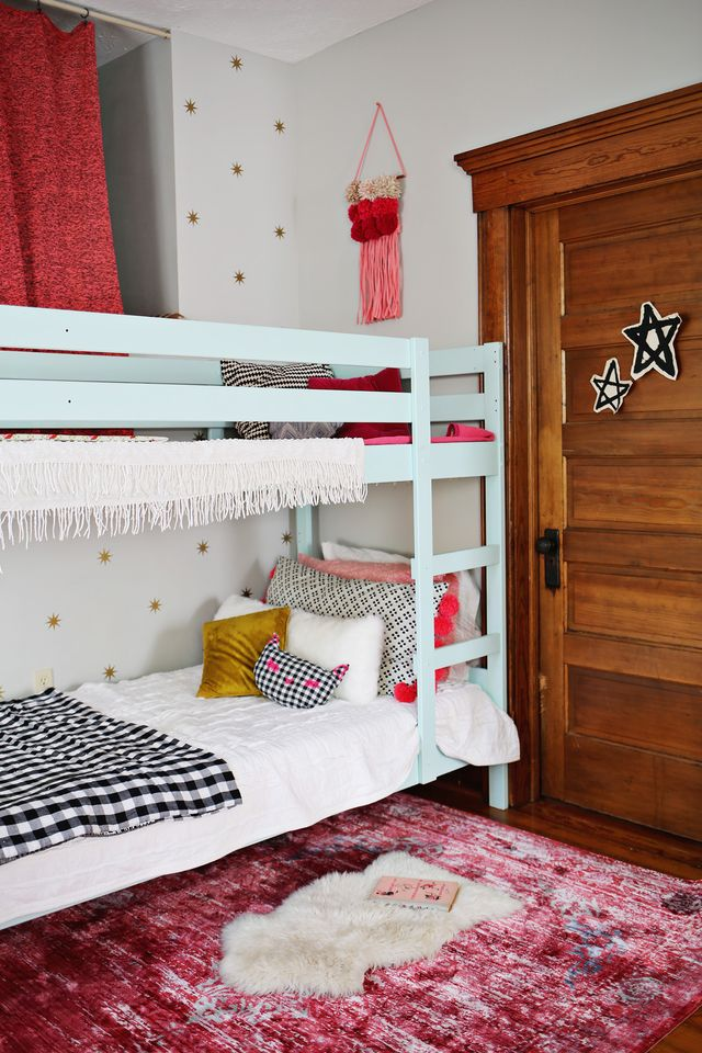 Ruby's mini room makeover where we embraced pink! Check out these renter-friendly options for making the most of your child's space