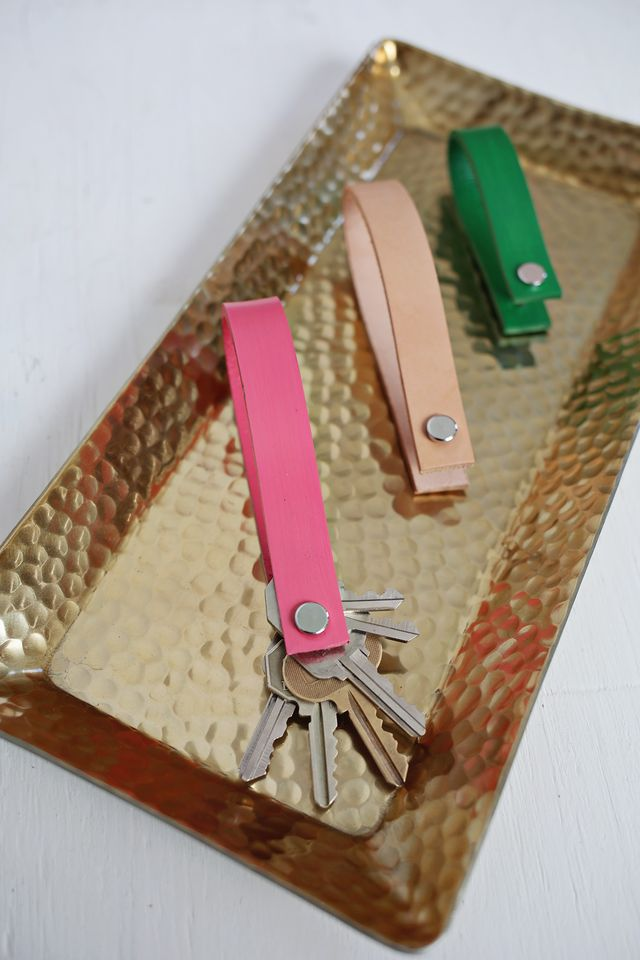 Painted Leather Keychain DIY. Full tutorial over at www.aBeautifulMess.com
