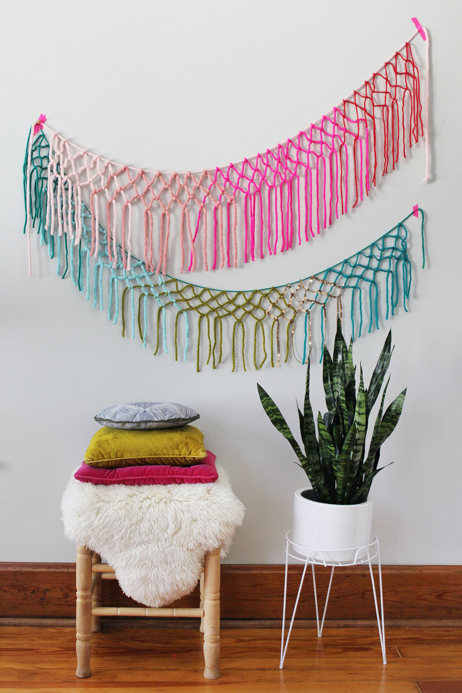 Macrame yarn garland diy a beautiful mess for Diy crafts with things around the house