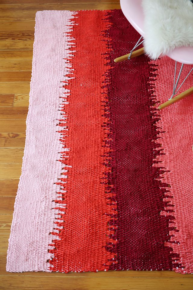 Bold stripe woven rug tutorial