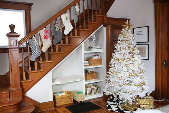 Rachel Denbow's Christmas Home Tour-Tree and Stairs 1
