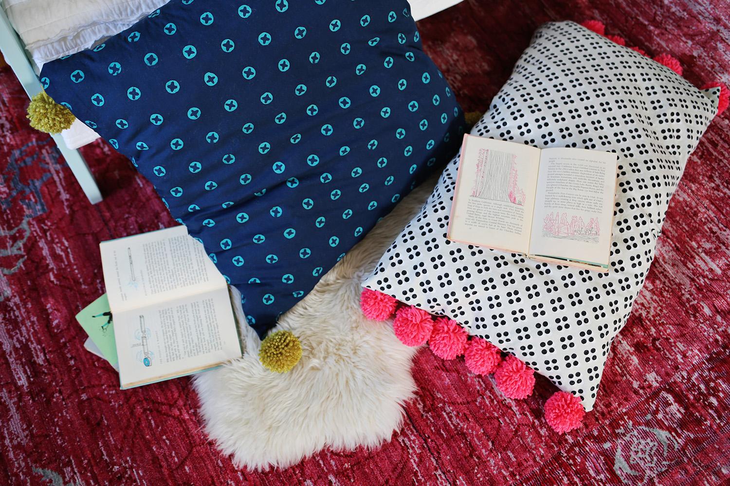 FLoor Pillow DIY for A Beautiful Mess