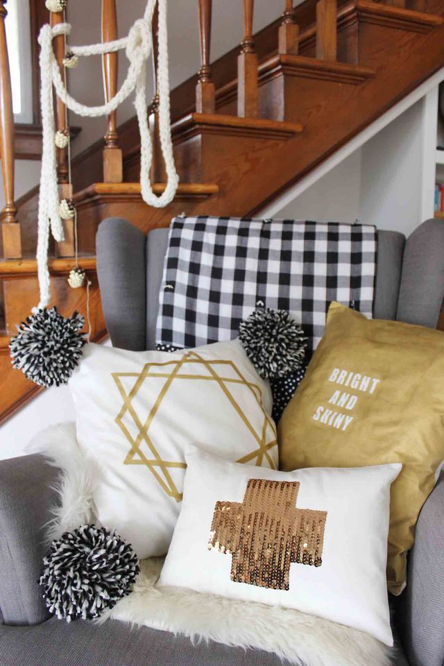 Deck the halls with these bright shiny pillows! Learn to make three easy DIY pillows at www.abeautifulmess.com today