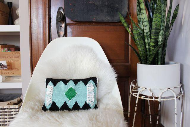 Woven Pillow DIY