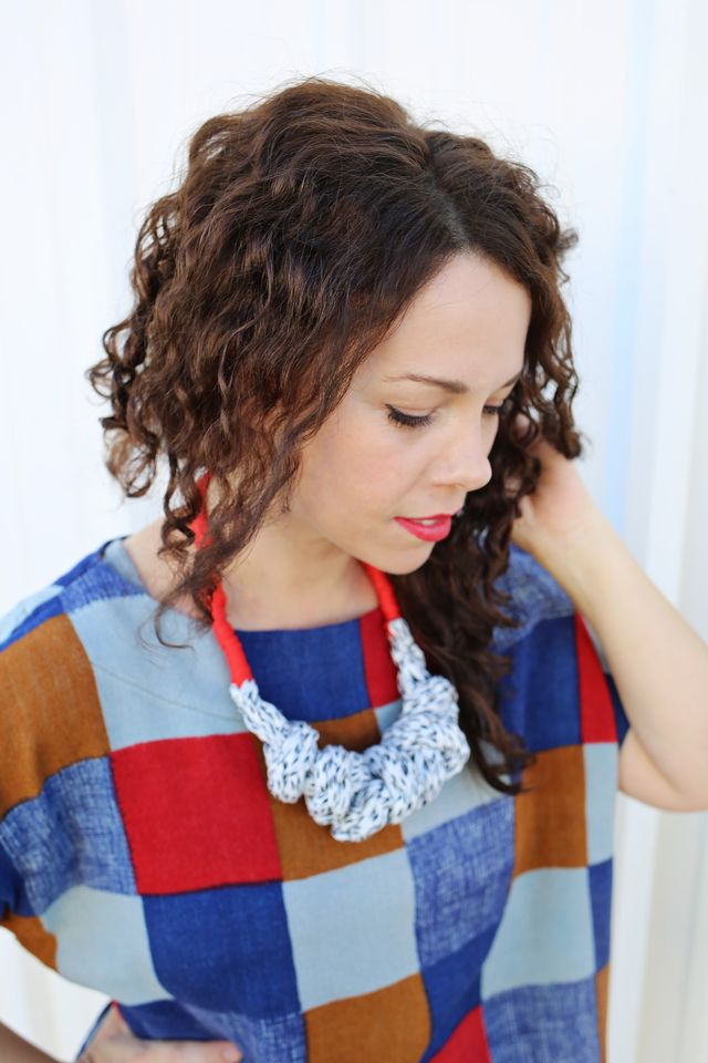 Finger Knit Necklace Tutorial